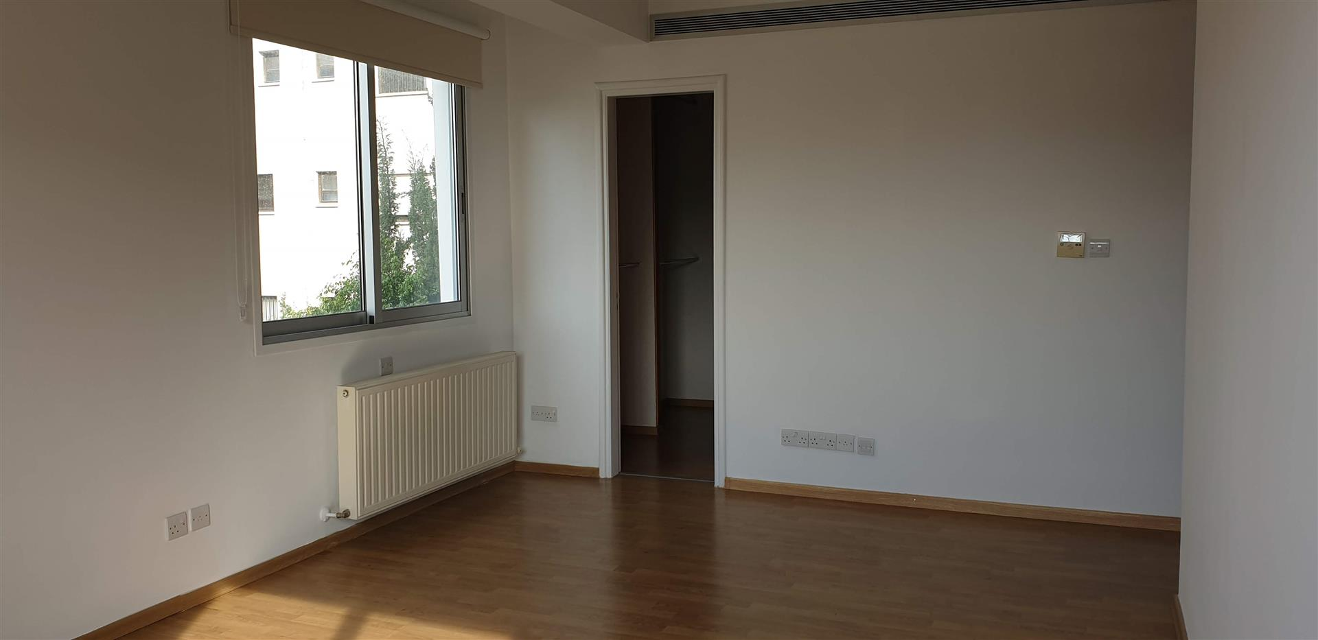 Picture of Stunning three bedroom in Acropolis